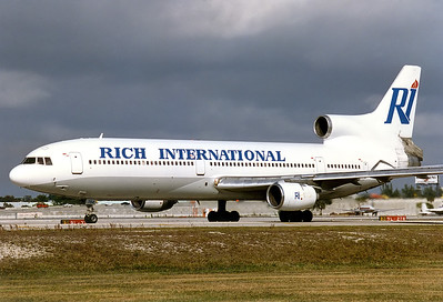 Rich International Airways Lockheed L-1011-385-1 TriStar 50  	Fort Lauderdale - Hollywood Intl. (FLL / KFLL) USA - Florida, January 1996 Reg: N764BE  Cn: 193P-1113