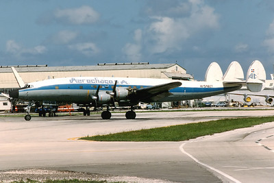 Aerochago Lockheed C-121C Super Constellation (L-1049F) Miami - International (MIA / KMIA) USA - Florida, April 1989 Reg: HI-548CT Cn: 4202