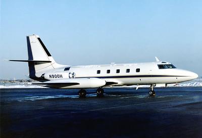 Lockheed L-1329 JetStar 8  Toronto - Lester B. Pearson International (Malton) (YYZ / CYYZ) Canada - Ontario, February 1989 Reg: N900H  Cn: 5135