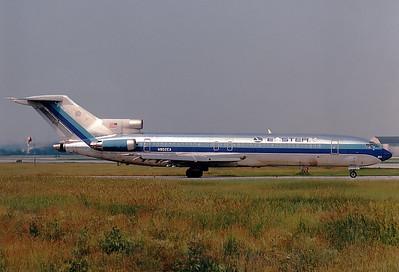 Eastern Air Lines Boeing 727-225/Adv  Toronto - Lester B. Pearson Intl. (Malton) (YYZ / CYYZ) Canada - Ontario, June 1989 Reg: N802EA  Cn: 22433/1668