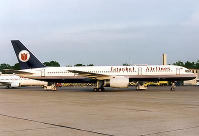 Istanbul Airlines Boeing 757-204  Nuremberg (NUE / EDDN) Germany, June 1997 Reg: TC-ARA  Cn: 26962/440